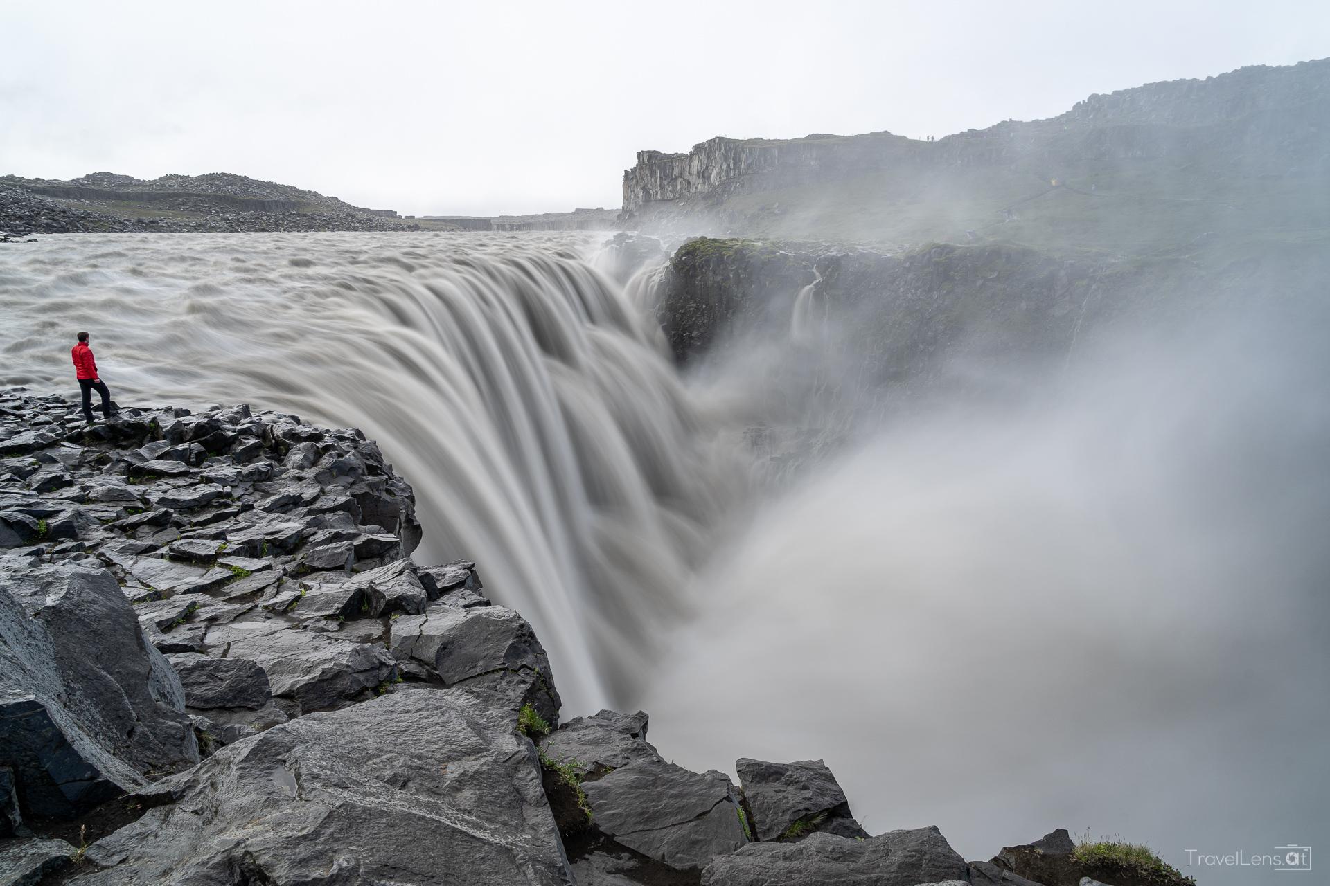 Island Tag 5 – Ein aktiver Vulkan und ein Kuhstall