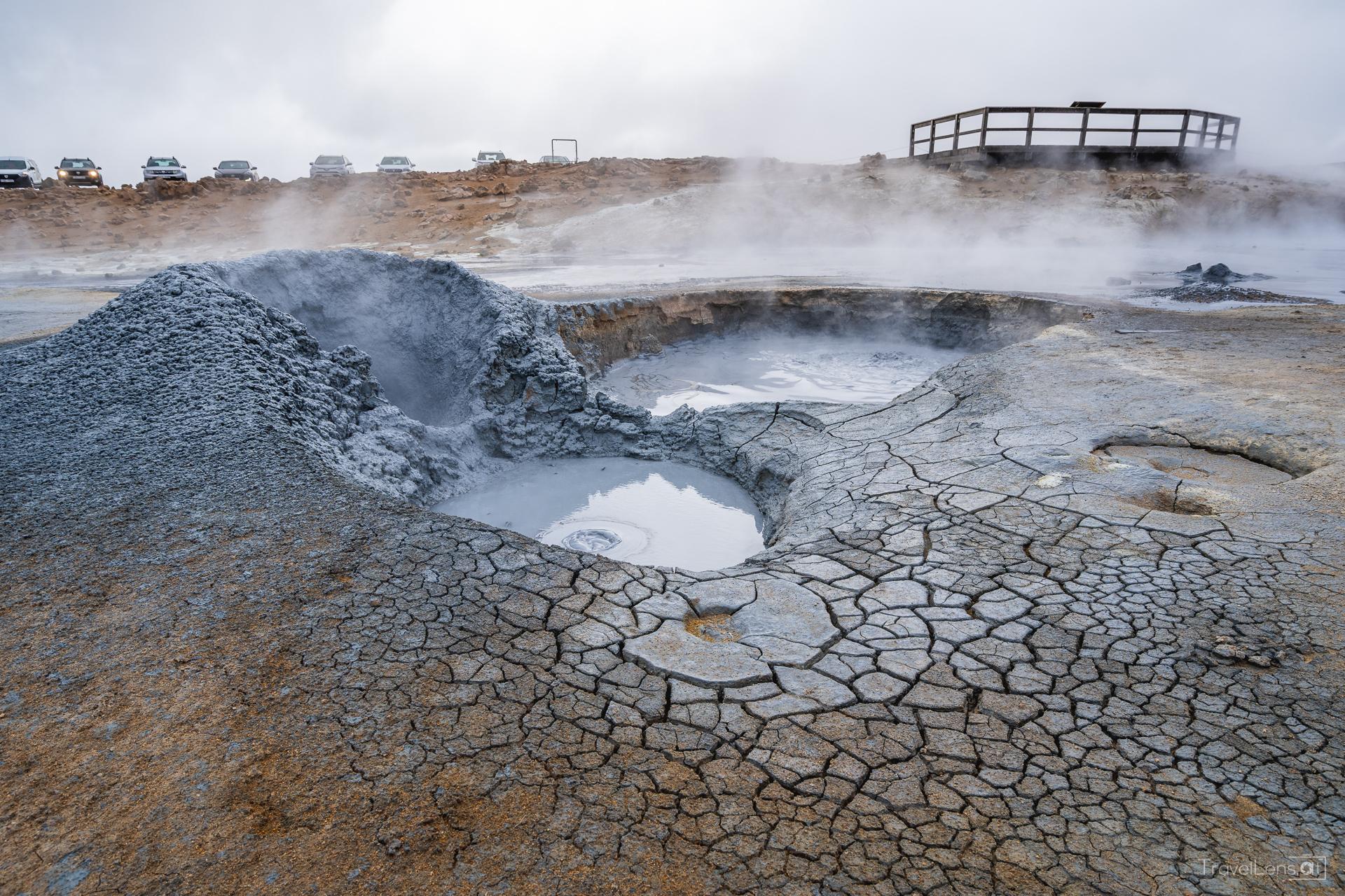 Island Tag 6 – Blubbernde Schlammlöcher, Filmlocations und ein See