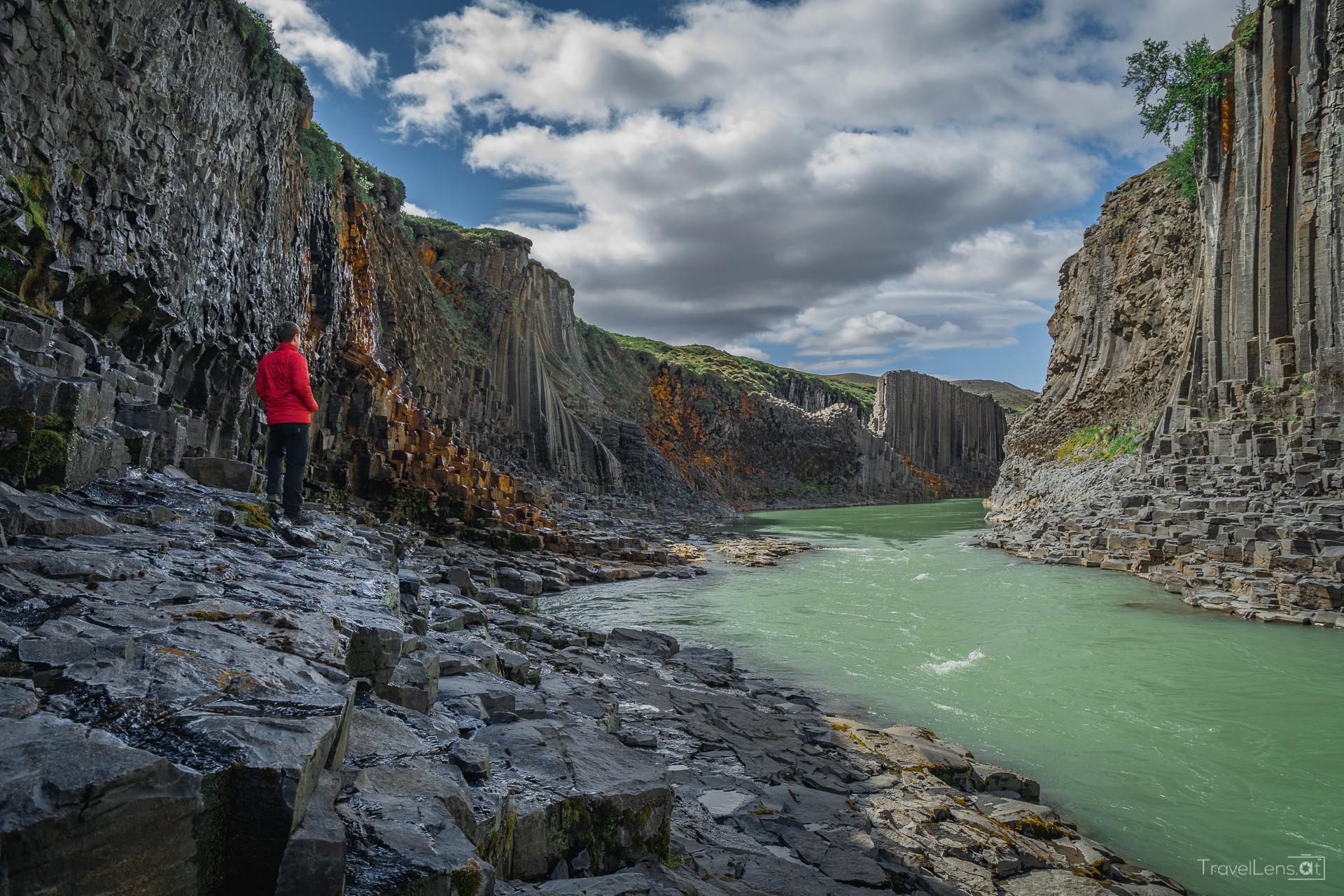 Island Tag 7 – Ein nicht so geheimer Canyon und Puffins!